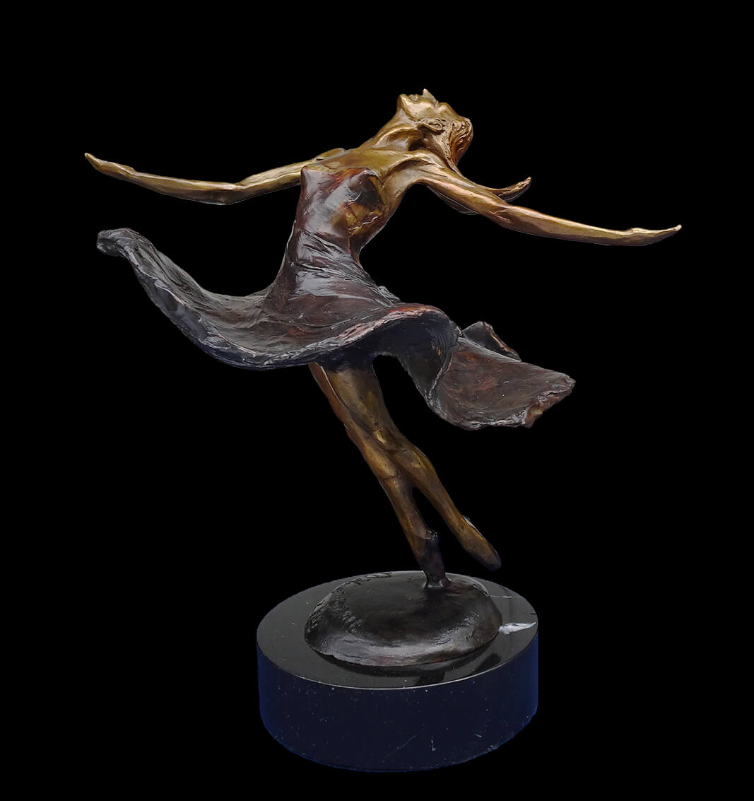 A small ballet dancer in bronze by sculptor Andrew DeVries copyright 2018.