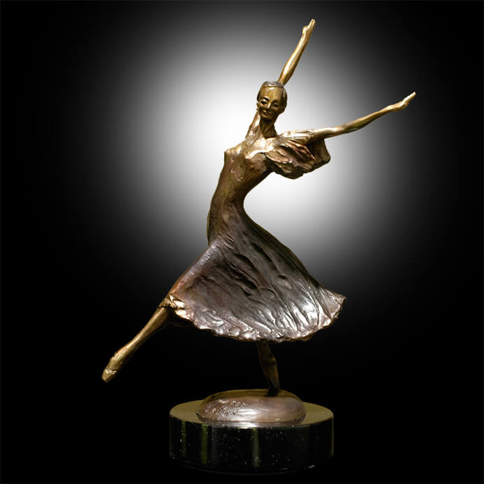 Faerie Dance is a small bronze dance sculpture created and cast by Andrew DeVries at his studios in Middlefield, MA. Copyright 2008